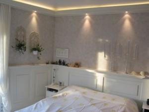 Schlafzimmer Wandverkleidung Indirekte Beleuchtung
